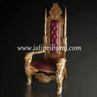 Kursi Raja Gold