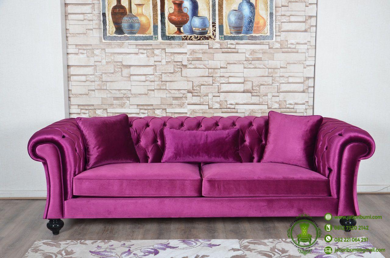 Sofa chester klasik terbaru jati pribumi for Sofa klasik