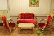Kursi Tamu Klasik Ukiran Untuk Ruang Kecil