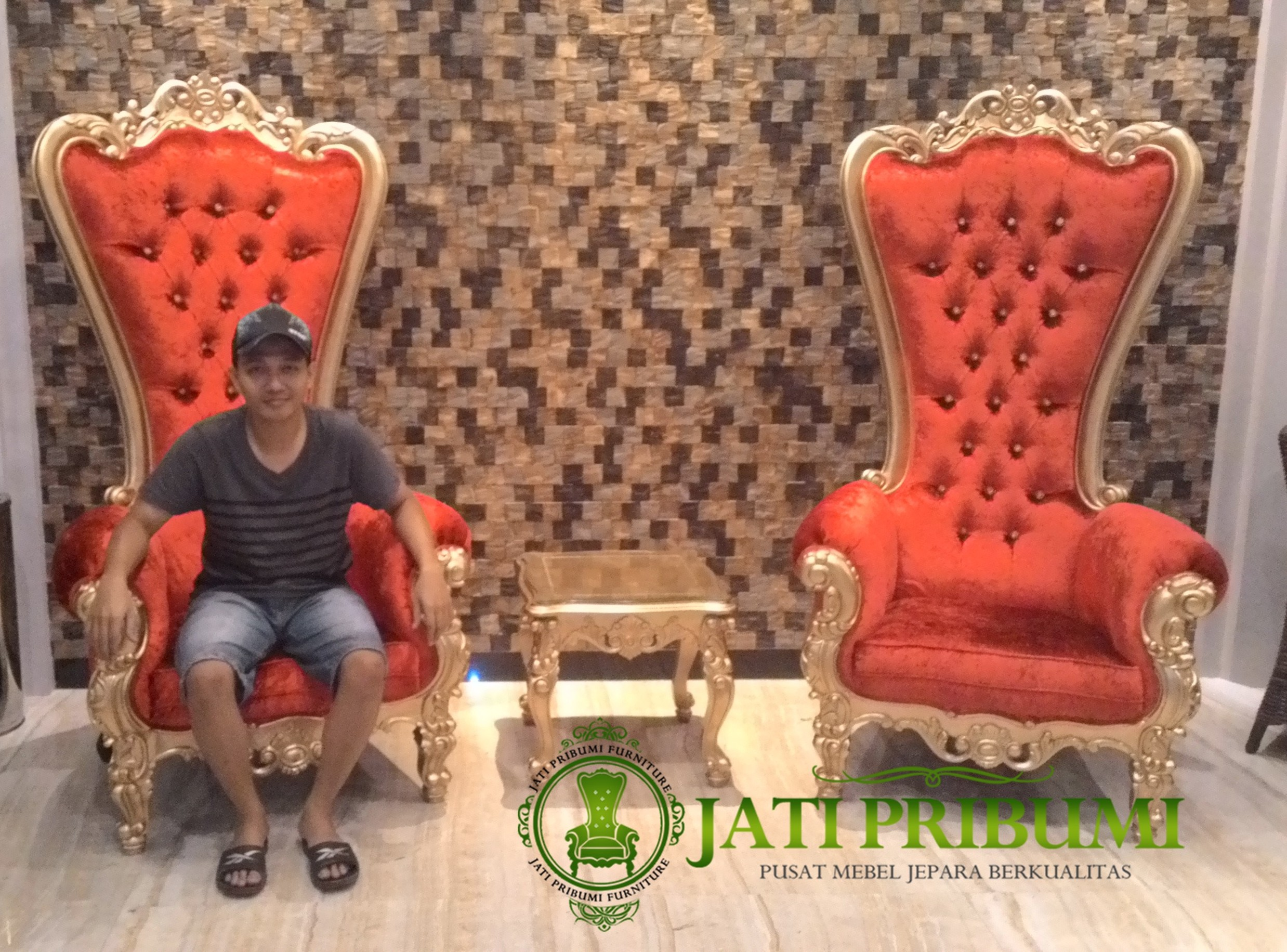 owner Jati Pribumi Furniture