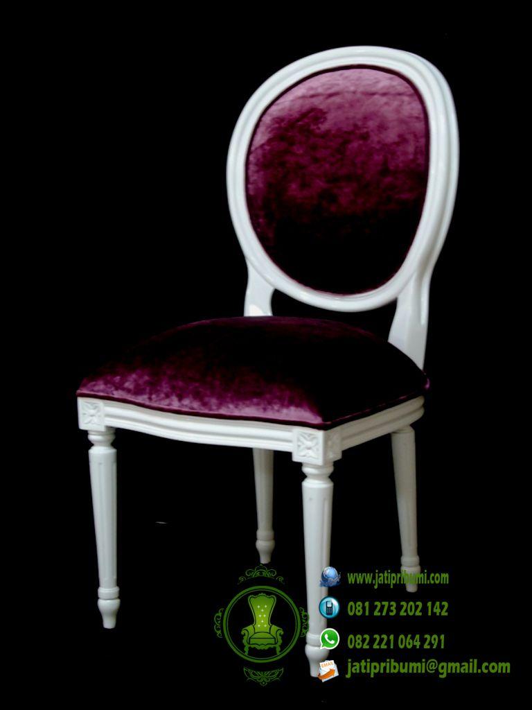 kursi warna putih kain jok ungu minimalis