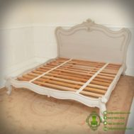 Tempat Tidur Klasik Minimalis Grey