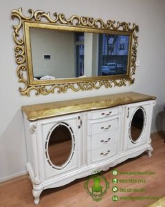 Bufet Cermin Klasik Mewah