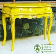 Meja Konsul Klasik Warna Kuning