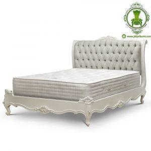 Tempat Tidur Jepara Warna Putih